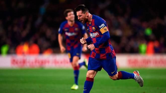 Messi bị giảm 50% lương: Barca hưởng lợi quá lớn, sự công bằng mập mờ - 1