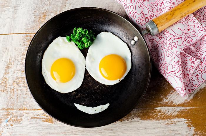 Ăn 2 quả trứng mỗi ngày có làm tăng cholesterol không? Bác sĩ chỉ ra một sự thật bất ngờ - 3