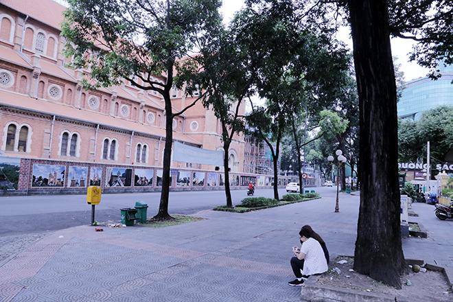 Lặng ngắm một Sài Gòn rất khác, không ồn ã trong sáng đầu năm mới - hình ảnh 12