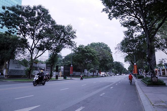 Lặng ngắm một Sài Gòn rất khác, không ồn ã trong sáng đầu năm mới - hình ảnh 14