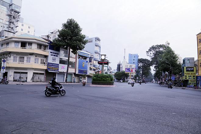 Lặng ngắm một Sài Gòn rất khác, không ồn ã trong sáng đầu năm mới - hình ảnh 3
