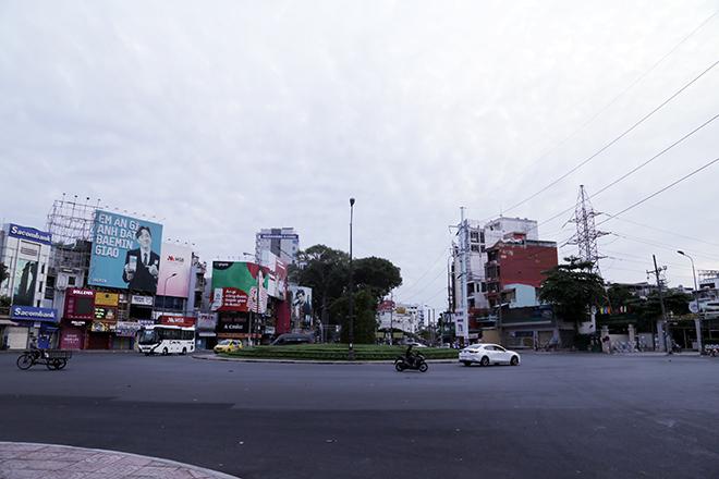 Lặng ngắm một Sài Gòn rất khác, không ồn ã trong sáng đầu năm mới - hình ảnh 5