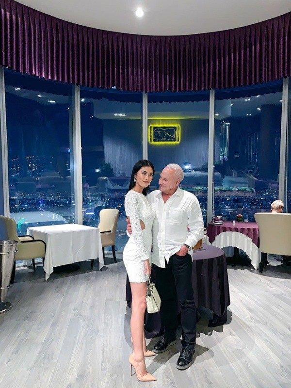 Cô gái Việt 26 tuổi cưới đại gia 72 tuổi, bạn trai cho ở khách sạn 5 sao, sống đẳng cấp - 3