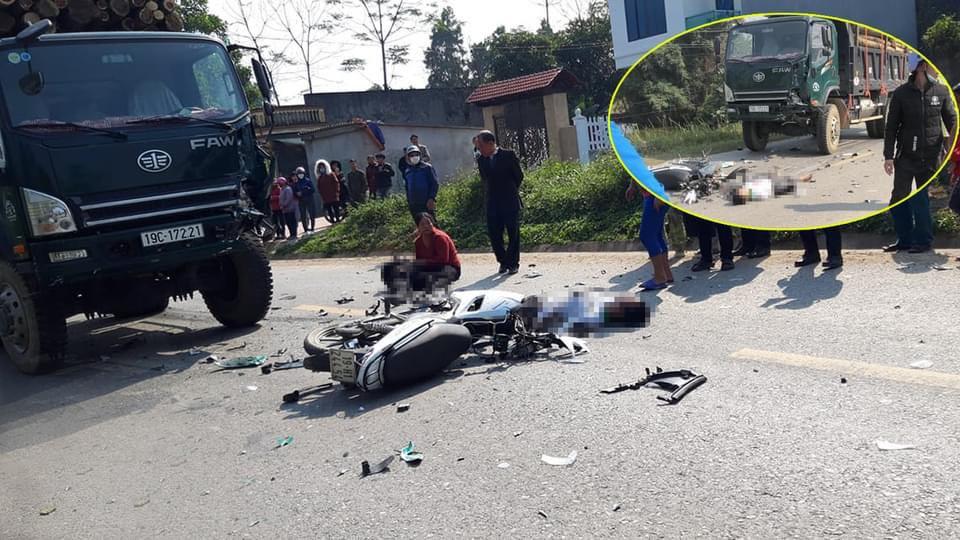 Va chạm với xe tải, hai thanh niên chết thảm - hình ảnh 1