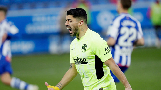 "Điểm nóng vòng 17 La Liga: Suarez ""cứu"" Atletico, Barcelona áp sát Top 4 - 3"
