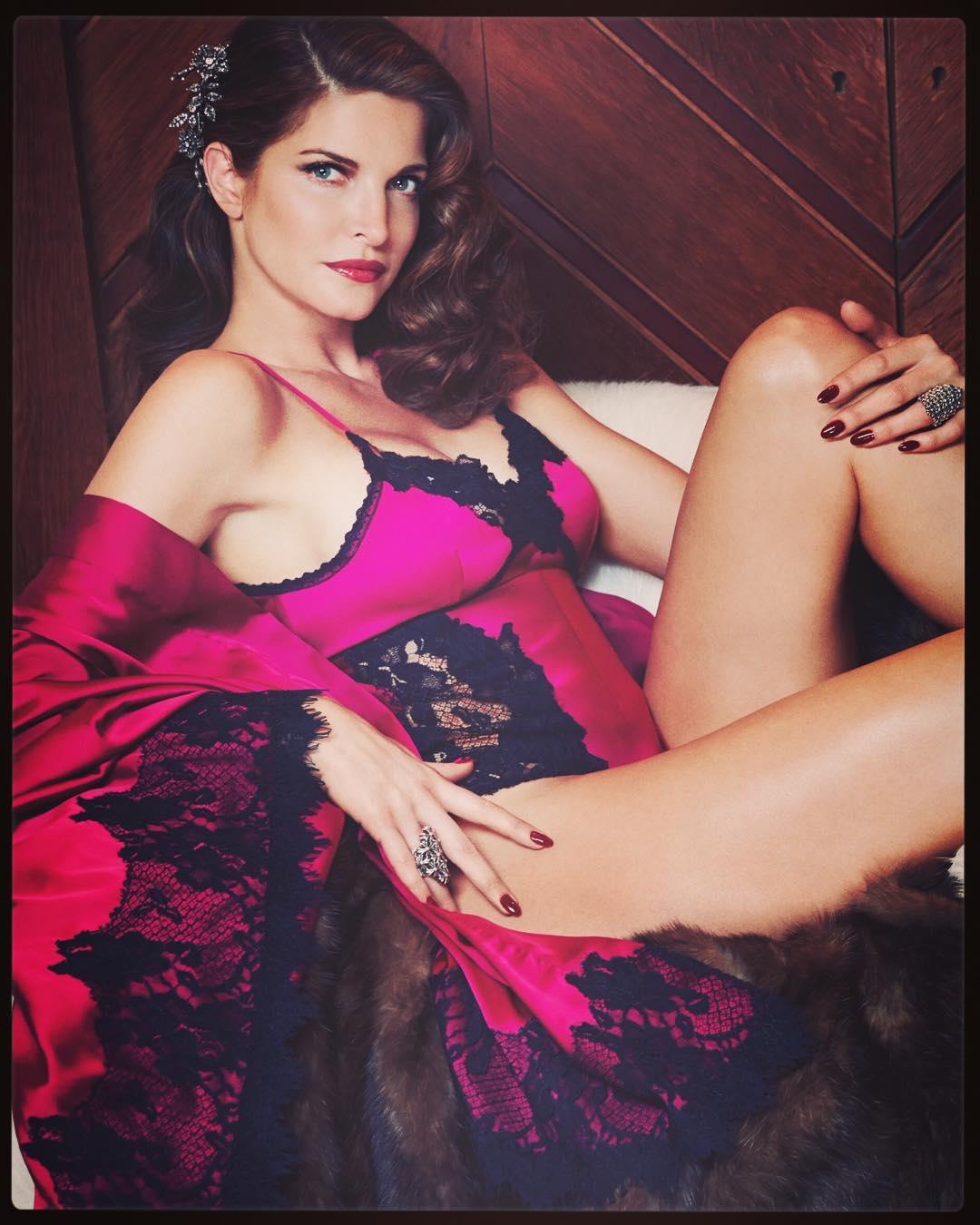 Vợ tỷ phú giày dép tuổi ngũ tuần vẫn tự tin nude trên bìa tạp chí - hình ảnh 5