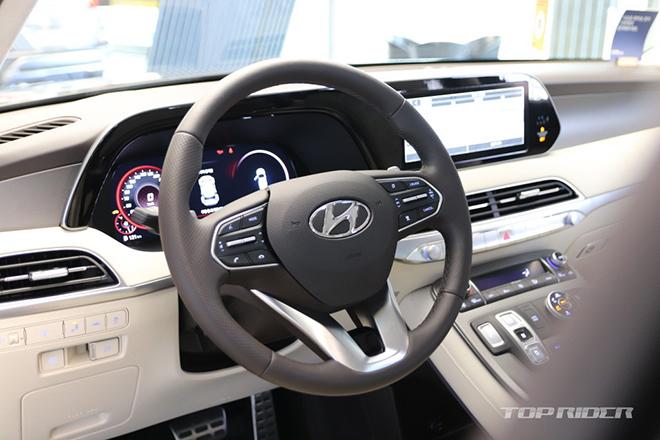 Ảnh thực tế Hyundai Palisade VIP với nội thất xịn xò không thua kém Maybach Anh-thuc-te-Hyundai-Palisade-VIP-voi-noi-that-xin-xo-khong-thua-kem-Maybach-3-1609779786-179-width660height440