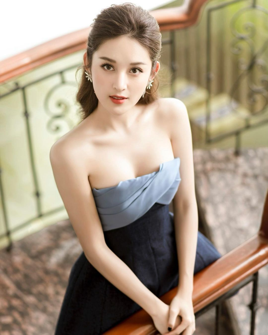 """Cô gái Việt được báo xứ Trung tung hô có khuôn ngực đẹp như """"đệ nhất vòng 1"""" nước này - hình ảnh 3"""