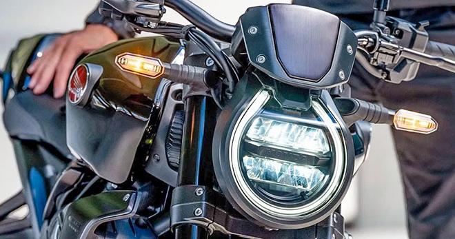 """Honda CB1000R 2021 chuẩn bị bán ra tại Đông Nam Á: Giá """"ngọt"""" - 2"""