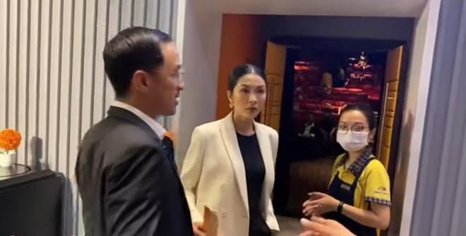 Lâu lắm mới thấy vợ chồng Tăng Thanh Hà xuất hiện ngọt ngào trước công chúng - 4