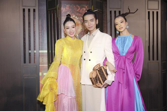 Lâu lắm mới thấy vợ chồng Tăng Thanh Hà xuất hiện ngọt ngào trước công chúng - 11