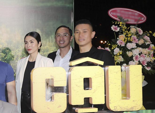 Lâu lắm mới thấy vợ chồng Tăng Thanh Hà xuất hiện ngọt ngào trước công chúng - 3