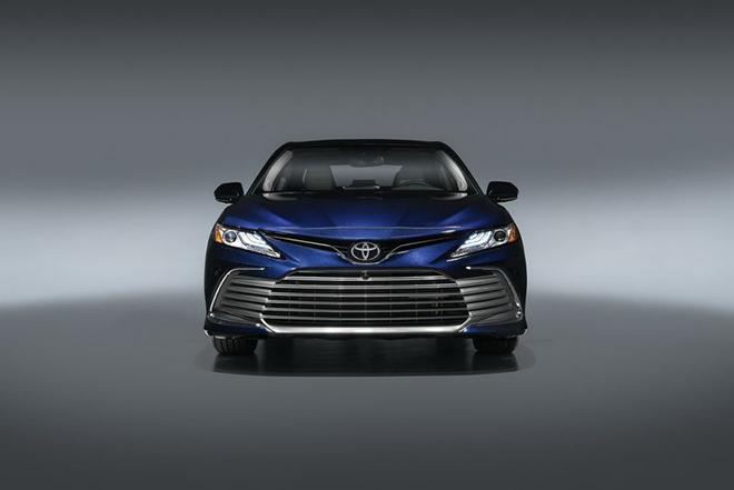 Rộ tin Toyota Camry 2021 sắp về Việt Nam, có thêm phiên bản thể thao XSE - 3