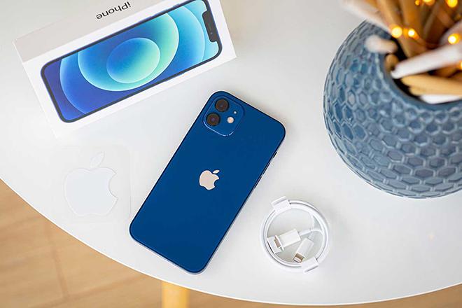 """iPhone 12 Pro tiếp tục """"cháy hàng"""" tại Việt Nam - 3"""