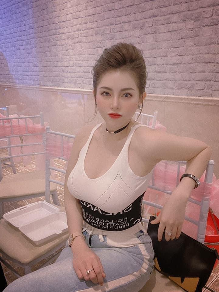 """Nữ giám đốc nóng bỏng quê Đắk Lắk đăng quang """"Nét đẹp công sở 2020"""" - 3"""