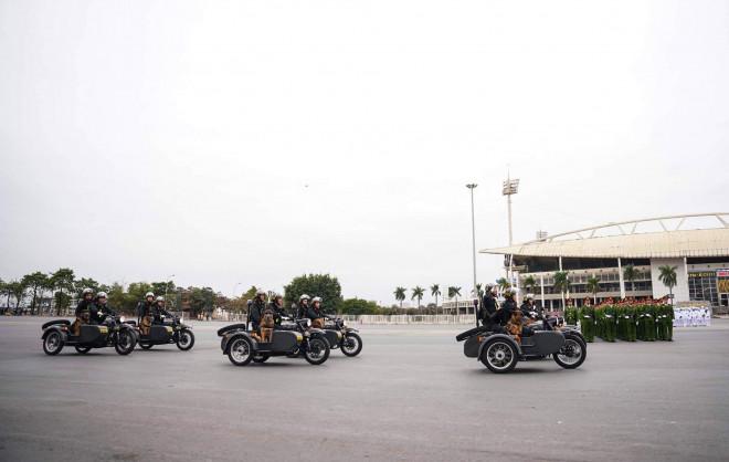 Cận cảnh diễn tập chống khủng bố bảo vệ nguyên thủ, bảo vệ Đại hội Đảng XIII - 11