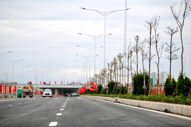 Toàn cảnh nút giao 400 tỉ vành đai 3 với cao tốc Hà Nội – Hải Phòng trước ngày thông xe - hình ảnh 10