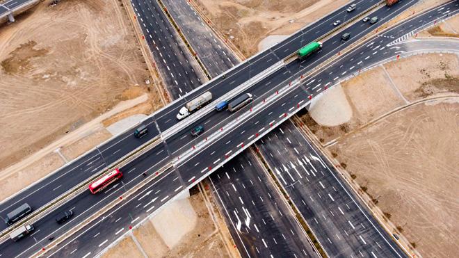 Toàn cảnh nút giao 400 tỉ vành đai 3 với cao tốc Hà Nội – Hải Phòng trước ngày thông xe - hình ảnh 7