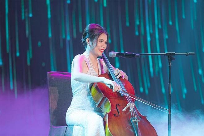 Ca sĩ Mỹ Lệ trình diễn cello từ cảm hứng đảo sinh thái thượng lưu - 2
