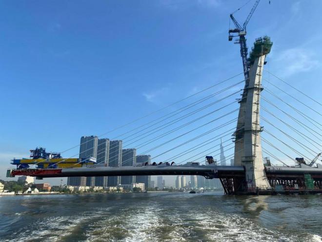 Ngắm hình hài cầu Thủ Thiêm 2 từ sông Sài Gòn - 5
