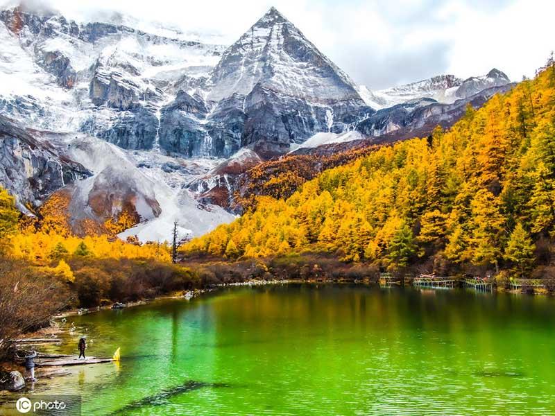 Choáng ngợp trước phong cảnh tuyệt đẹp ở mảnh đất tinh khiết nhất Trung Quốc - hình ảnh 1