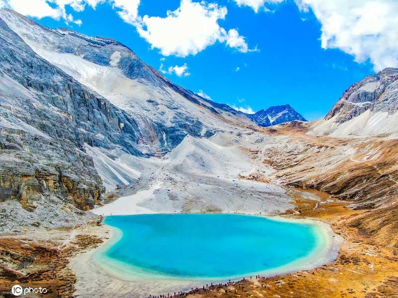 Choáng ngợp trước phong cảnh tuyệt đẹp ở mảnh đất tinh khiết nhất Trung Quốc - hình ảnh 4