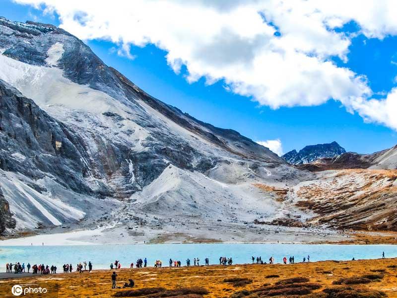 Choáng ngợp trước phong cảnh tuyệt đẹp ở mảnh đất tinh khiết nhất Trung Quốc - hình ảnh 5