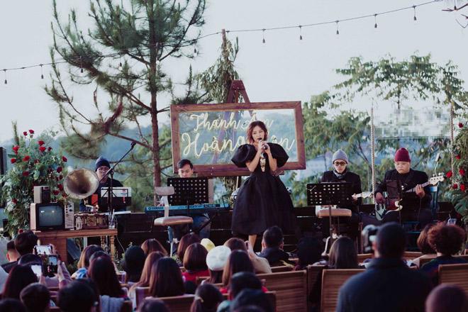 Văn Mai Hương hát tiếng Anh, tiếng Hoa điêu luyện khiến khán giả bất ngờ - hình ảnh 1