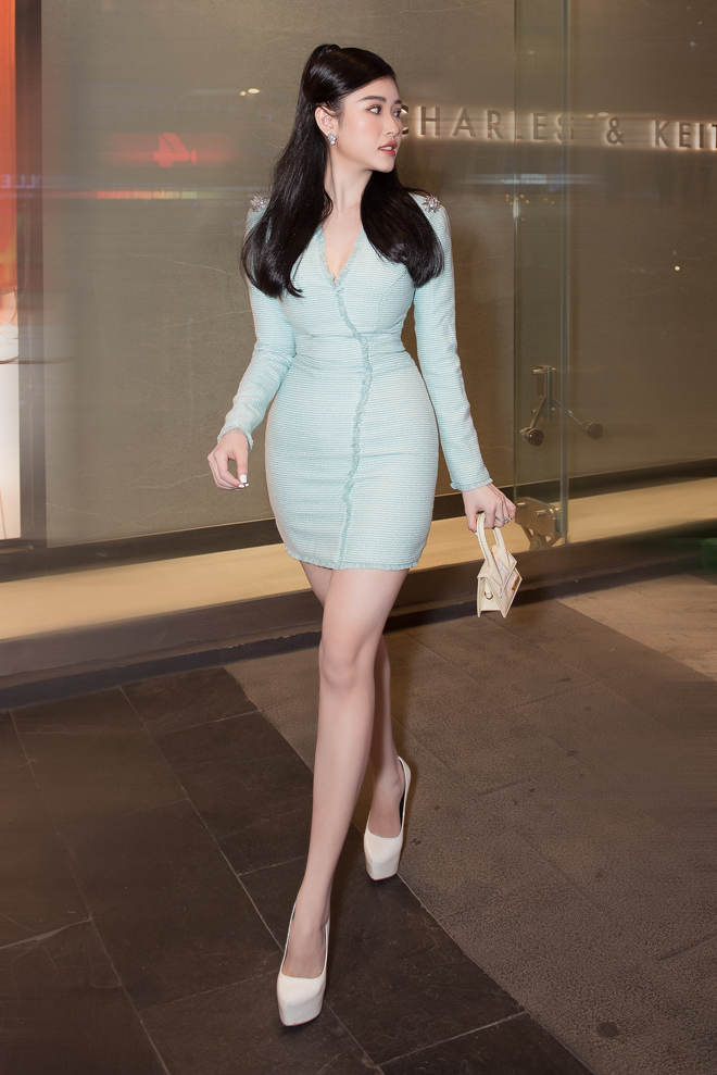 """Hoa hậu đất Mũi tỏa sáng trên thảm đỏ, """"không mặc hở vẫn thừa sexy"""" - hình ảnh 11"""