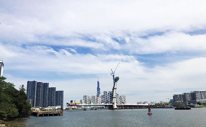 """Ảnh: Cầu biểu tượng mới ở TP.HCM bắc qua sông Sài Gòn """"đứng hình"""" sau 5 năm khởi công - hình ảnh 12"""