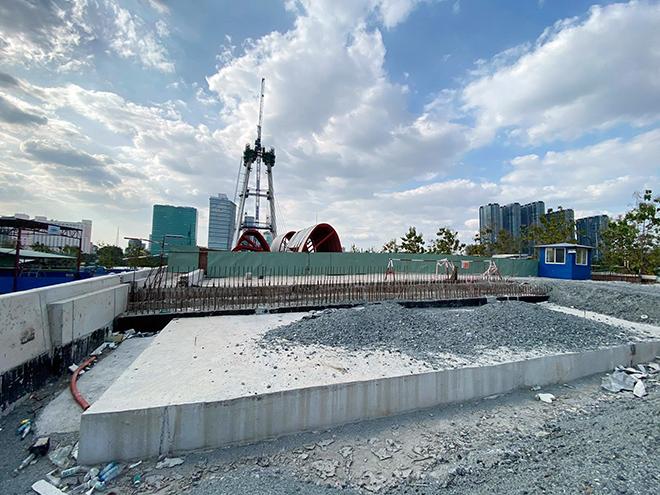 """Ảnh: Cầu biểu tượng mới ở TP.HCM bắc qua sông Sài Gòn """"đứng hình"""" sau 5 năm khởi công - hình ảnh 5"""