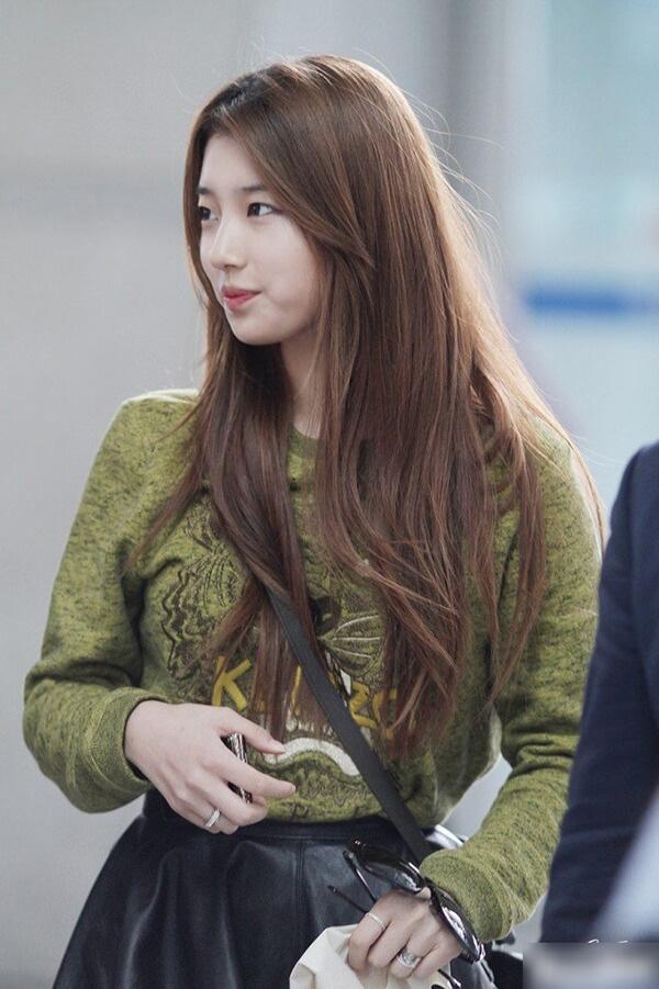 15 Kiểu tóc dài đẹp cho nữ thịnh hành nhất dẫn đầu xu hướng hiện nay - hình ảnh 25