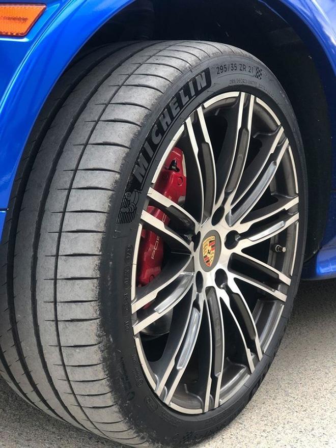 Mua Porsche Cayenne GTS giá 10 tỷ, đại gia xót xa bán lại chưa tới 1 tỷ - 12