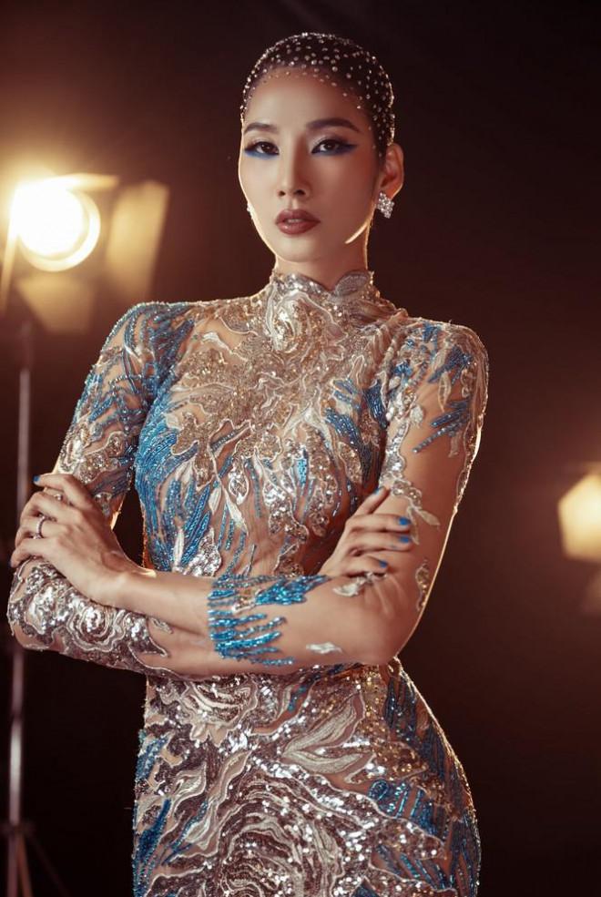 Đỗ Thị Hà nền nã với áo dài, Hoàng Thuỳ diện váy xuyên thấu hoá 'mỹ nhân ngư' - 3