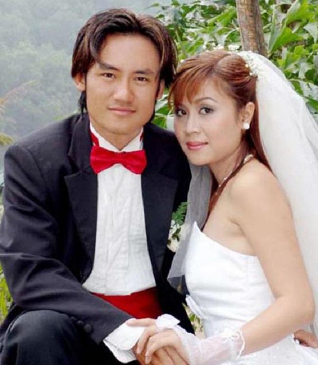 Được biết, ông xã Lưu Thiên Hương là nhạc sĩ phối khí Sơn Hải (cựu thành viên của ban nhạc Anh Em), cả hai về chung nhà năm 2004. Nữ nhạc sĩ từng tiết lộ, nửa kia của mình rất lãng mạn và thường xuyên góp ý cho cô về âm nhạc, nghệ thuật.