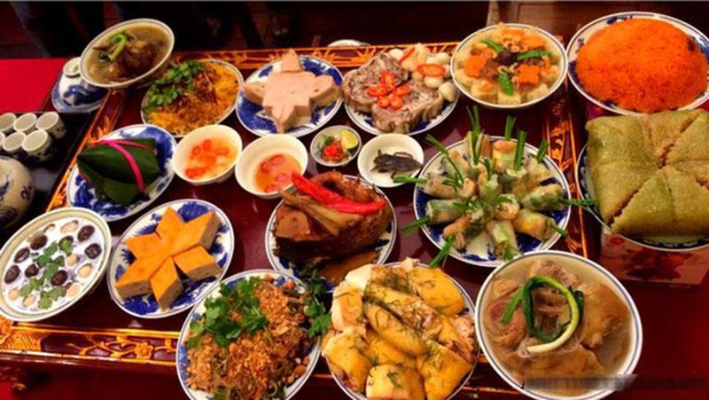 Bí quyết ăn uống để giữ sức khỏe trong ngày Tết - hình ảnh 1