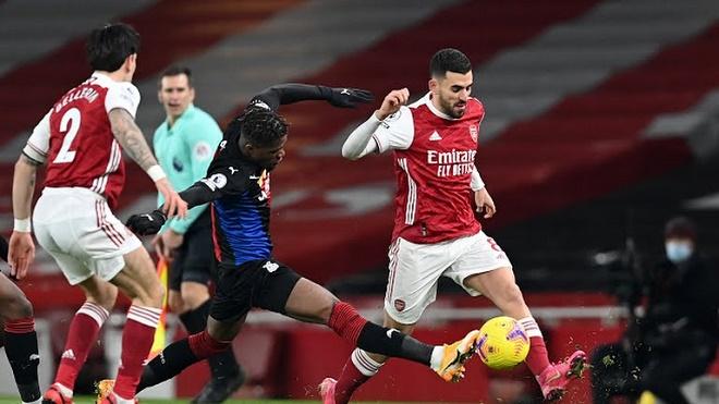 Video bóng đá Arsenal - Crystal Palace: Quyết tâm cao độ, xà ngang hú vía - 1