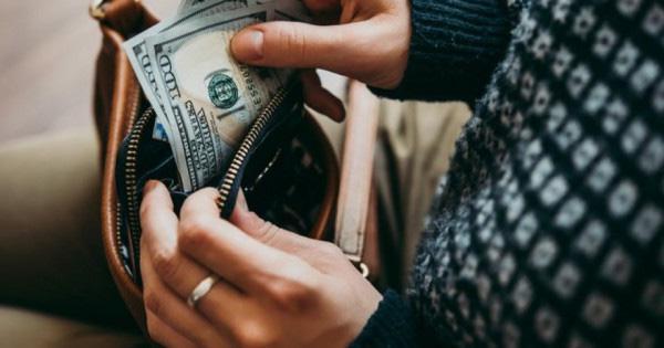 Nếu vẫn giữ 8 thói quen này thì chẳng có gì khó hiểu khi bạn mãi nghèo - 1