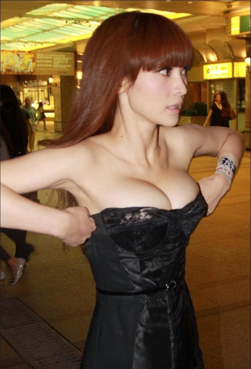 """""""Đệ nhất vòng 1 Trung Quốc"""" tuổi 41 vẫn là nữ thần nội y xứ tỷ dân - 8"""