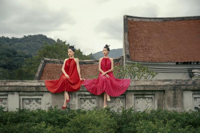 Hoa hậu Đỗ Mỹ Linh gợi ý chọn trang phục áo tứ thân cách điệu cho mùa Tết Tân Sửu - 2