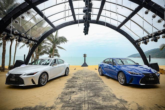 Giá lăn bánh Lexus IS thế hế mới tháng 1/2021 tại Việt Nam - 2