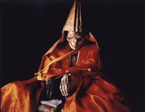Những nhà sư tự ướp xác mình từ khi còn sống để trở thành Phật ở Nhật Bản