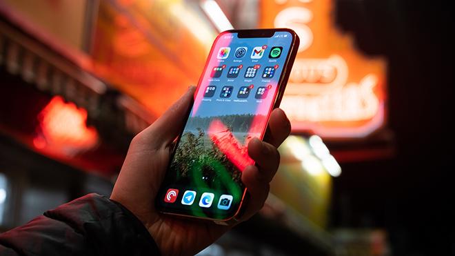 iFan nên chờ iPhone 13 hay mua luôn iPhone 12? - 4