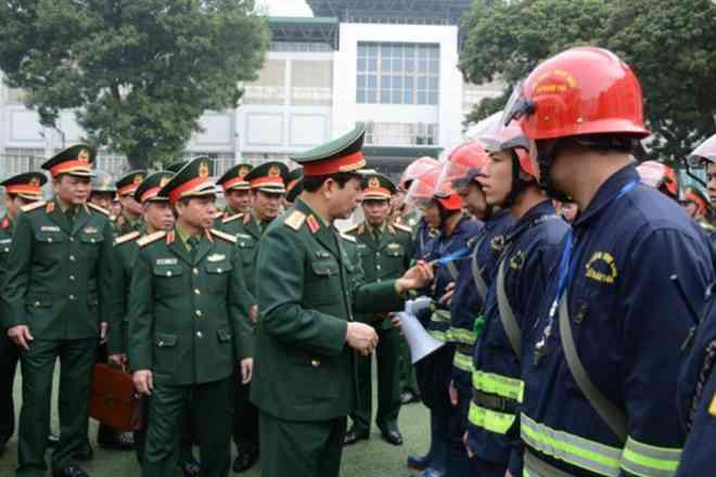 Tướng Phan Văn Giang giao nhiệm vụ đặc biệt cho Lữ đoàn cận vệ thép - 1