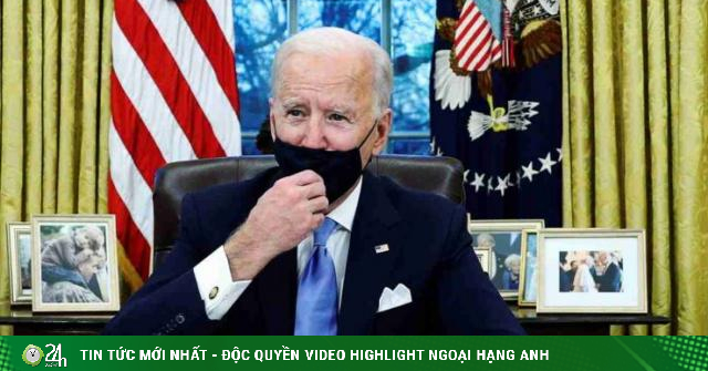 Lá thư ông Trump gửi Tổng thống Mỹ Joe Biden ở Nhà Trắng