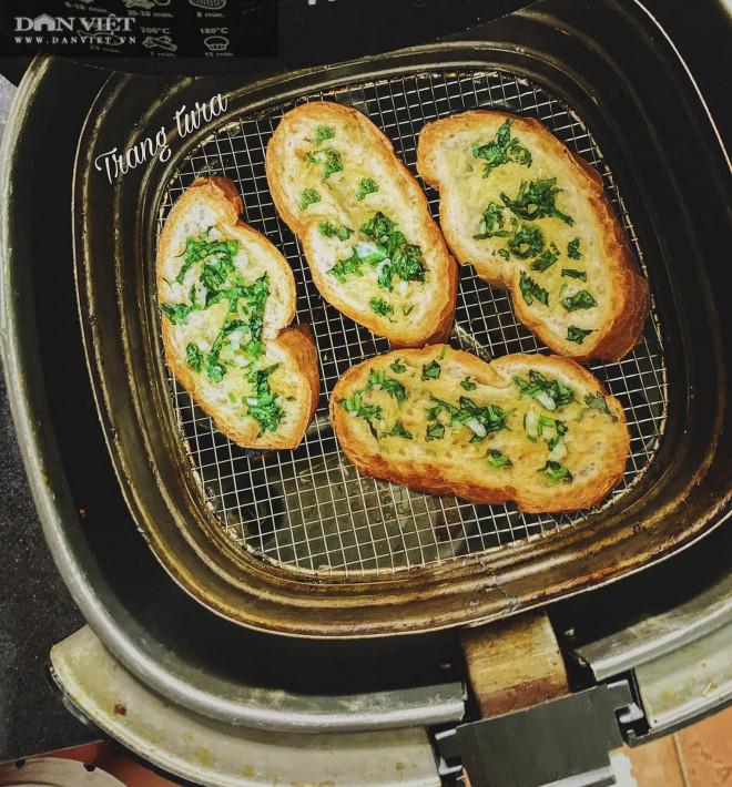 Gợi ý 4 món bánh ngon được chế biến bằng nồi chiên không dầu - 1