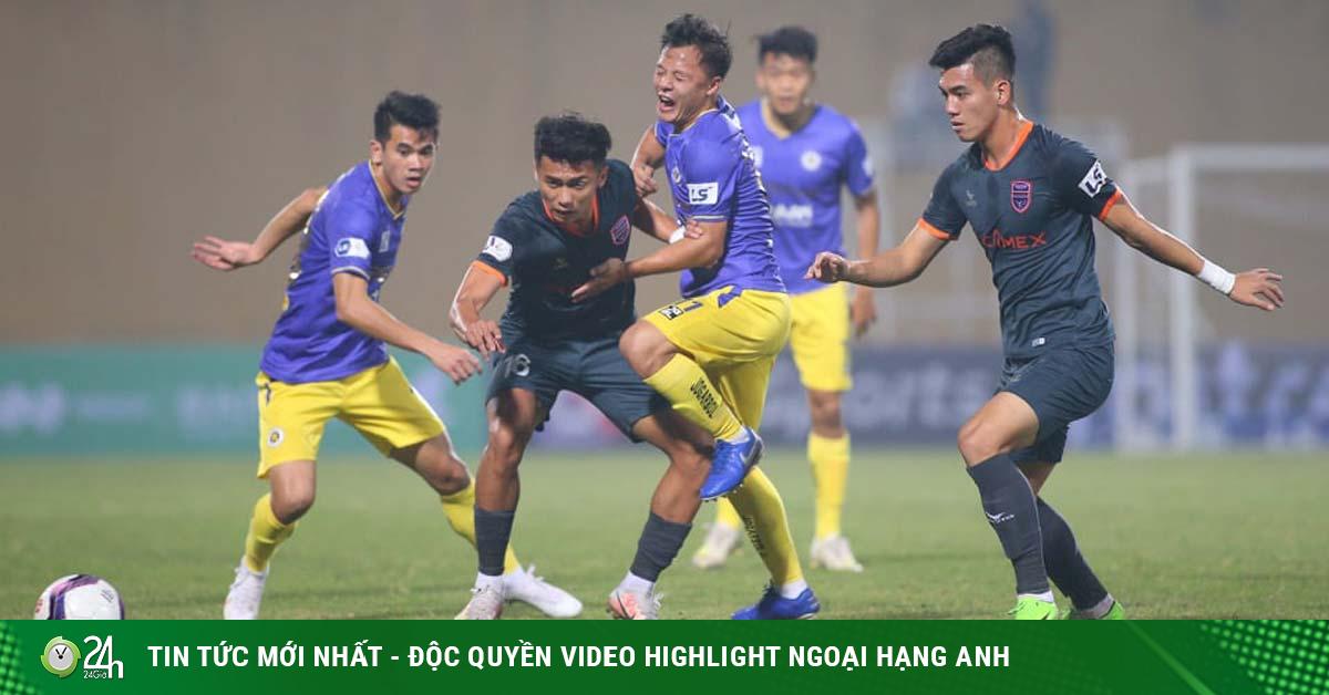Đội nhà bầu Hiển lại thua: Nếu Hà Nội phải đua trụ hạng, HLV Đình Nghiêm chịu trách nhiệm
