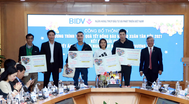 BIDV dành 30 tỷ đồng tặng quà Tết cho người nghèo - 4