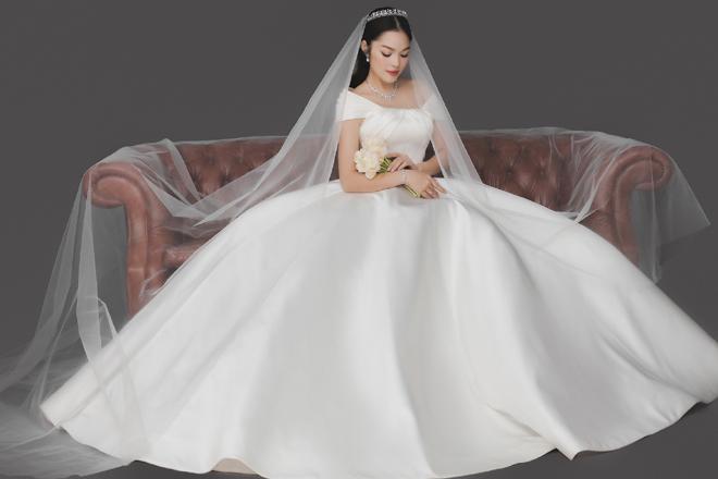Dương Cẩm Lynh bất ngờ tung ảnh cưới, fan đồn đoán về người đàn ông bí mật - hình ảnh 6