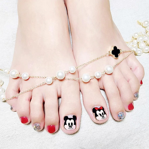Những mẫu móng chân đẹp dễ thương đơn giản được yêu thích nhất hiện nay - hình ảnh 11